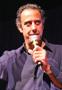 Brad Garrett FAQs 2019- Facts, Rumors and the latest Gossip.